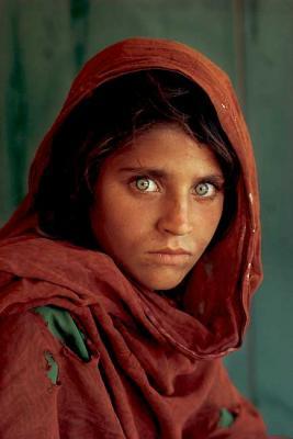 20090302222828-afghan-woman-with-green-eyes.jpg