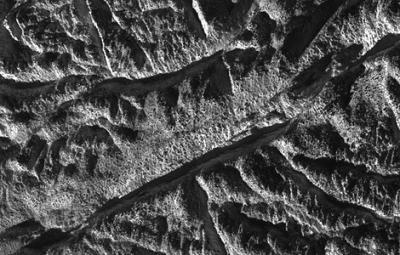 20100228151147-encelado.jpg