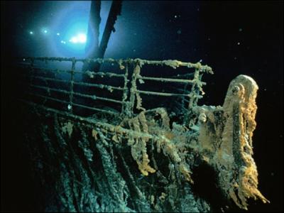 20110119195037-titanic.png